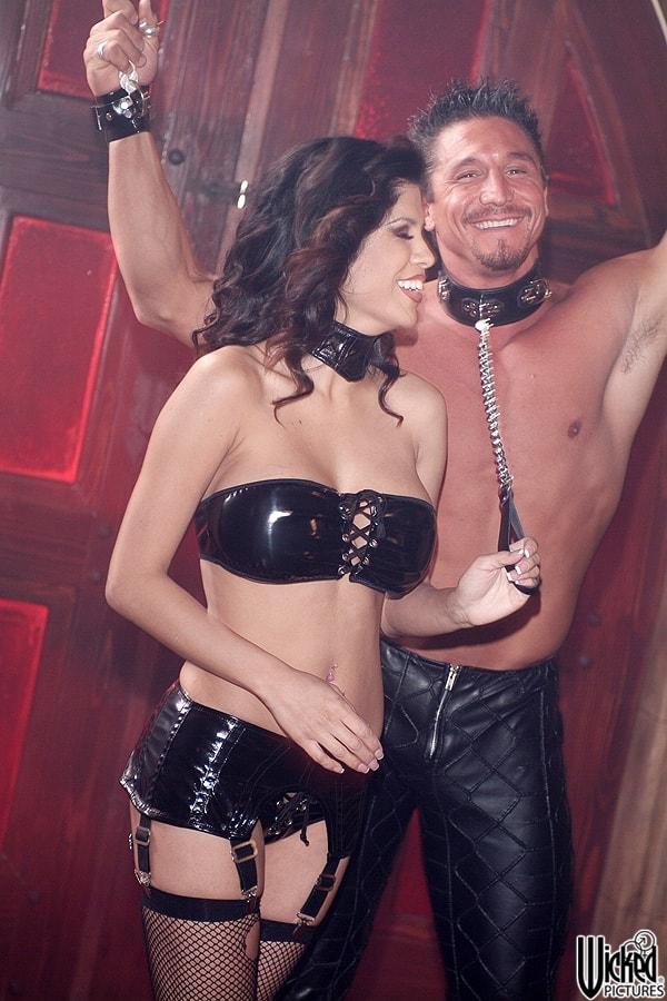 Wicked 'Secrets of the Velvet Ring Scene 1' starring Alexis Amore (Photo 42)