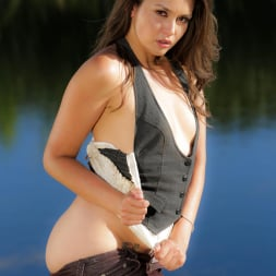 Allie Haze in 'Wicked' Wanted Scene 6 (Thumbnail 12)