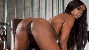 Ana Foxxx en 'Stripped Down Scene 5'