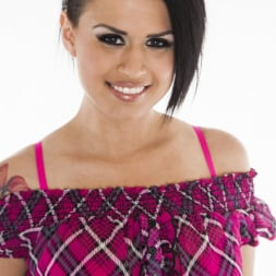 Eva Angelina in 'Wicked' Snatched Scene 5 (Thumbnail 1)