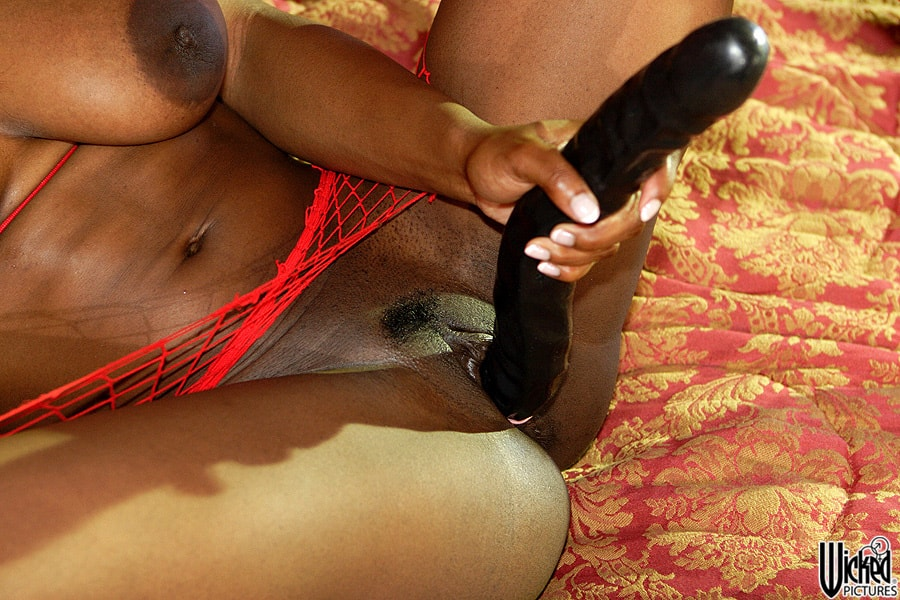 Wicked 'Manhunters Scene 6' starring Jada Fire (Photo 112)