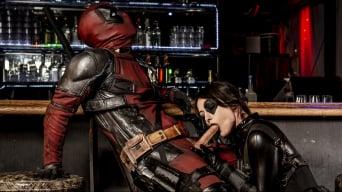 Jennifer White に 'Deadpool XXX - An Axel Braun Parody Scene 2'