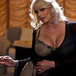 Stormy Daniels in 'Wicked' Blow Scene 1 (Thumbnail 3)