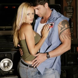 Stormy Daniels in 'Wicked' Cargo Scene 6 (Thumbnail 1)