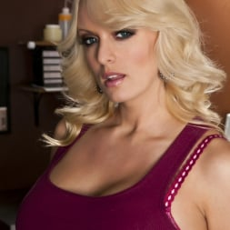 Stormy Daniels in 'Wicked' Happy Endings Scene 4 (Thumbnail 1)