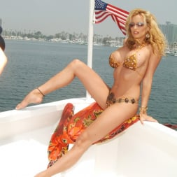 Stormy Daniels in 'Wicked' Island Girls Scene 1 (Thumbnail 40)