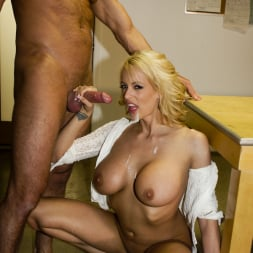 Stormy Daniels in 'Wicked' Last Night Scene 7 (Thumbnail 104)