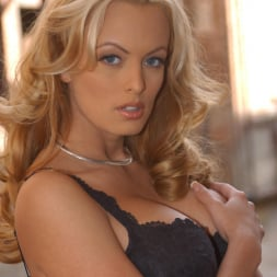 Stormy Daniels in 'Wicked' Not A Romance Scene 4 (Thumbnail 1)