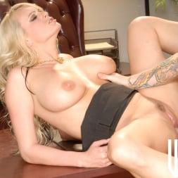 Stormy Daniels in 'Wicked' Sex Therapy Scene 3 (Thumbnail 130)
