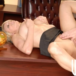Stormy Daniels in 'Wicked' Sex Therapy Scene 3 (Thumbnail 143)