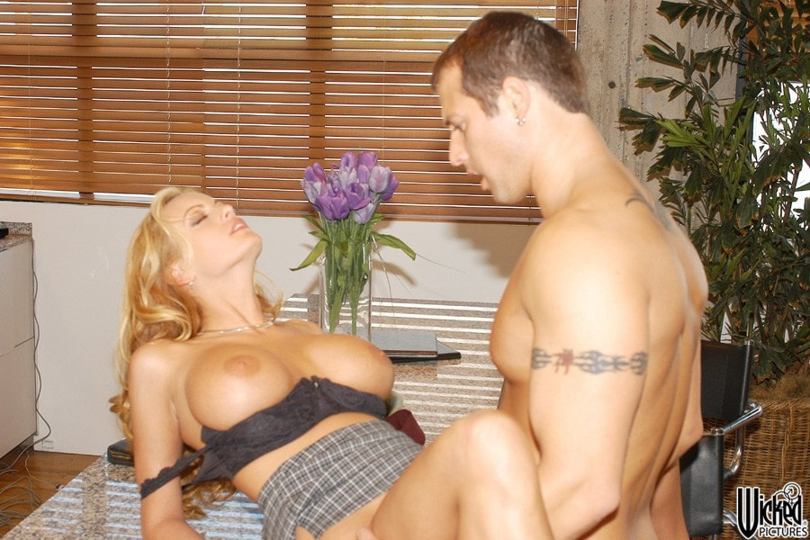 Wicked 'Skin Deep Scene 6' starring Stormy Daniels (Photo 6)