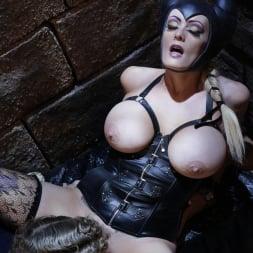 Stormy Daniels in 'Wicked' Sleeping Beauty XXX: An Axel Braun Parody Scene 4 (Thumbnail 6)