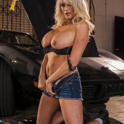 Stormy Daniels in 'Wicked' Snatched Scene 4 (Thumbnail 60)