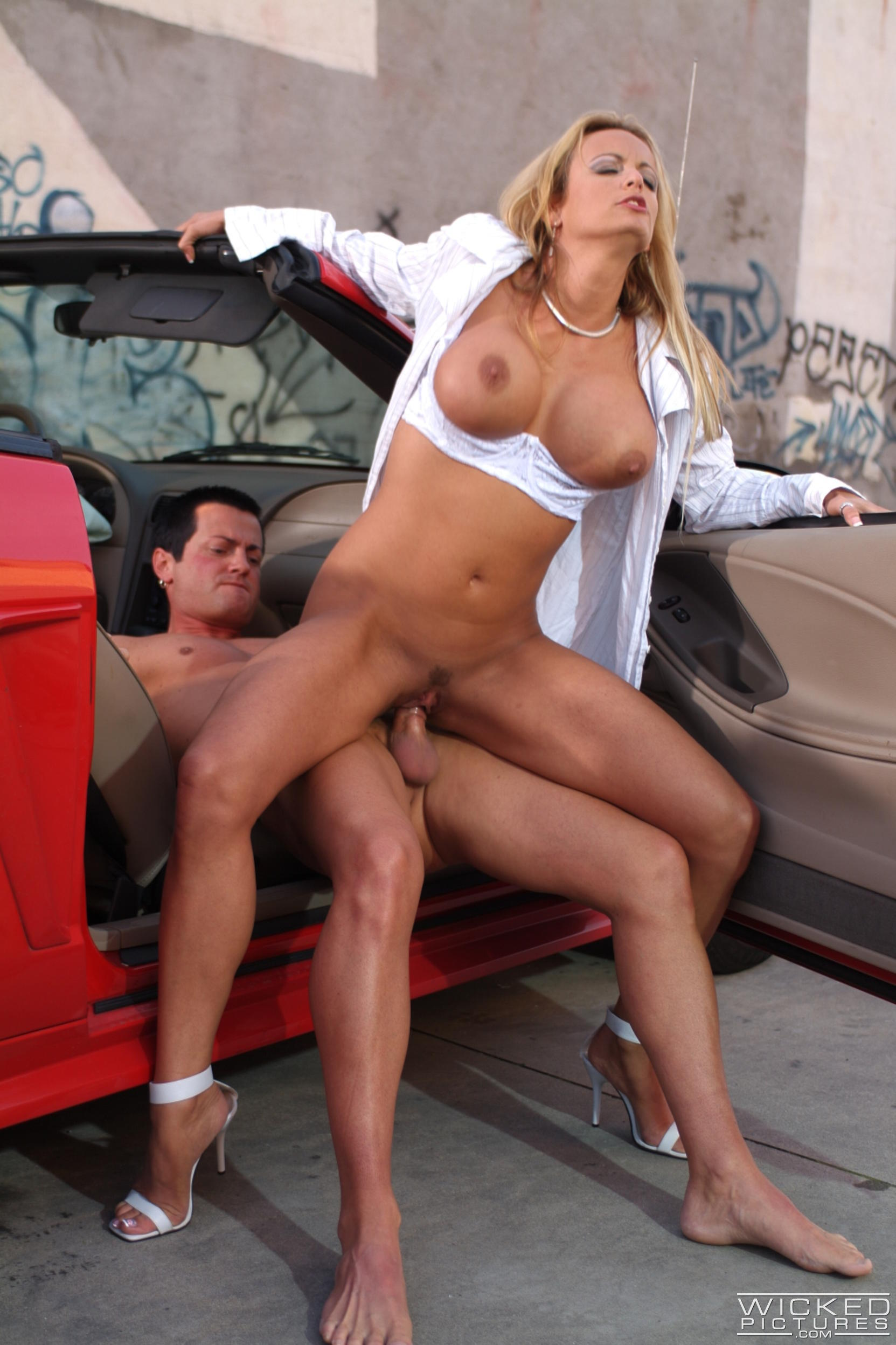 Wicked 'The Closer Scene 2' starring Stormy Daniels (Photo 42)