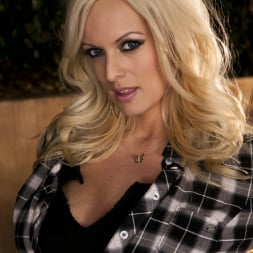 Stormy Daniels in 'Wicked' The Perfect Partner Scene 5 (Thumbnail 1)
