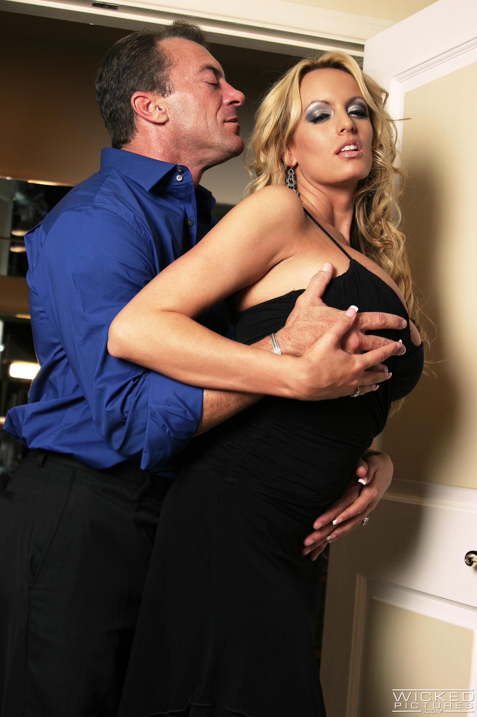 Wicked 'Watching Samantha Scene 1' starring Stormy Daniels (Photo 12)