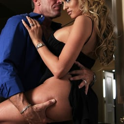 Stormy Daniels in 'Wicked' Watching Samantha Scene 1 (Thumbnail 15)