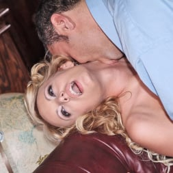 Stormy Daniels in 'Wicked' What's A Girl Gotta Do Scene 2 (Thumbnail 3)