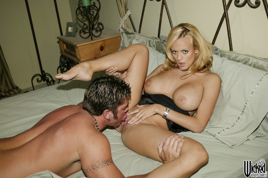 Wicked 'Without You Scene 2' starring Stormy Daniels (Photo 5)
